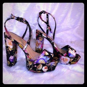 BAMBOO Floral Platform Heels Women's Size 6.5